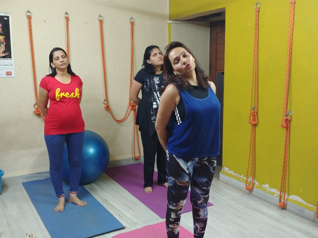 yoga teacher - shwet yoga classes and courses in thane west