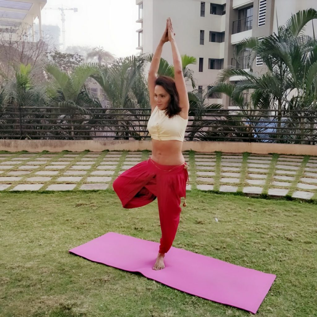 yoga for beginners-Vrikshasana at shwet yoga classes and courses in thane west