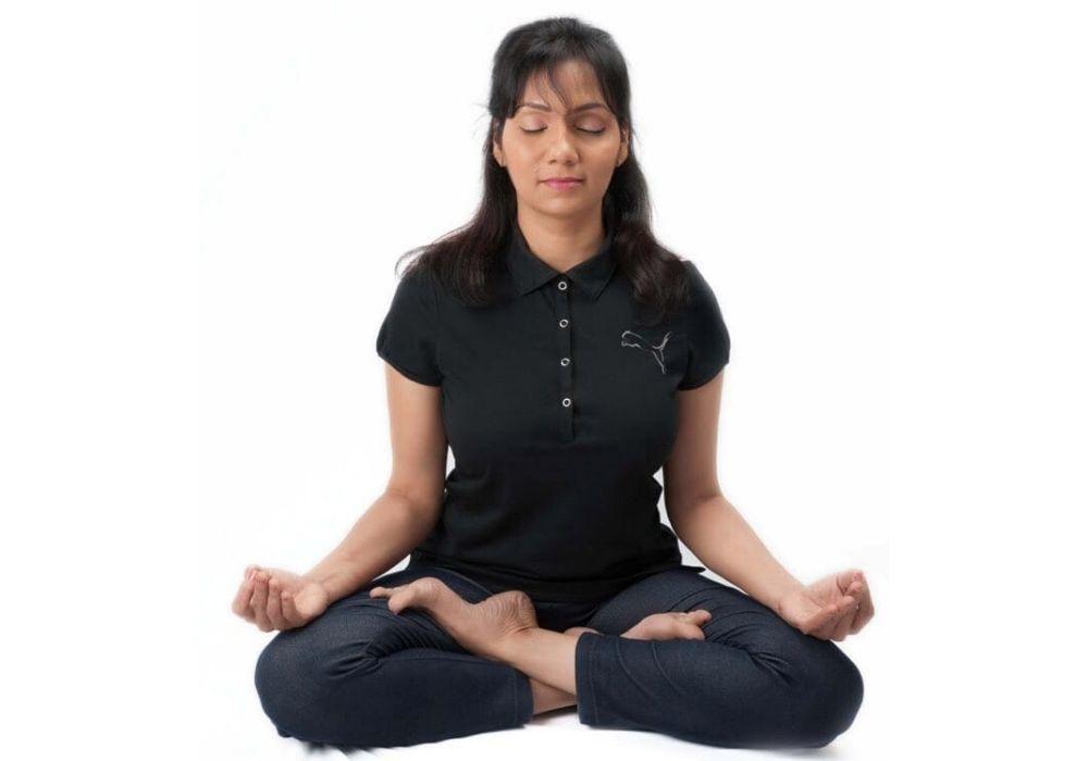 जाने कैसे करे कोरोना का मुकाबला योग के साथ 7