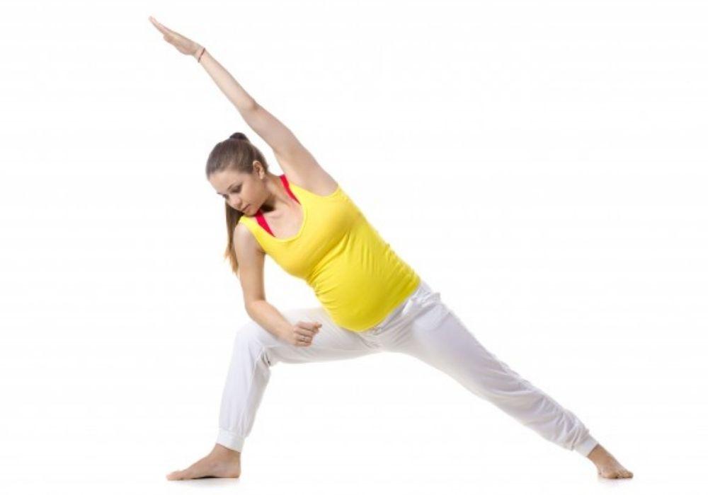 prenatal yoga. pregnancy yoga classes in thane west. shwetyoga pregnancy yoga classes in thane west.