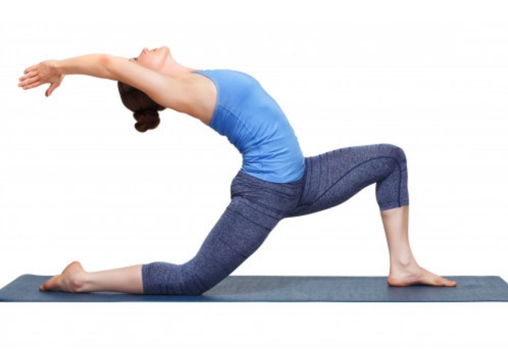 yoga for weight loss - anjaneyasana at shwet yoga classes & courses in thane west