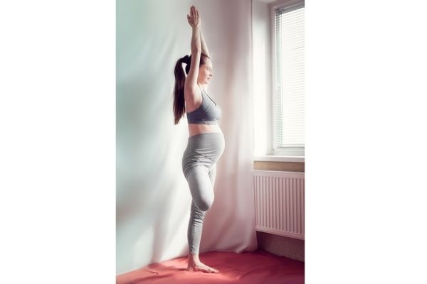 benefits of yoga explained by shwet yoga classes in thane west